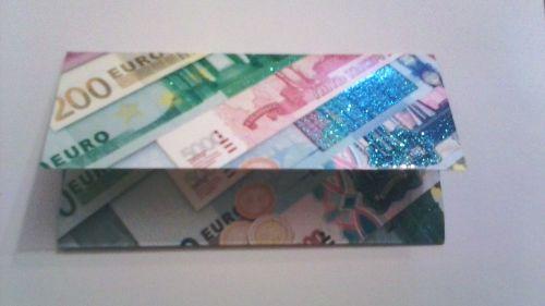Конверт для денег подготовленный для квеста